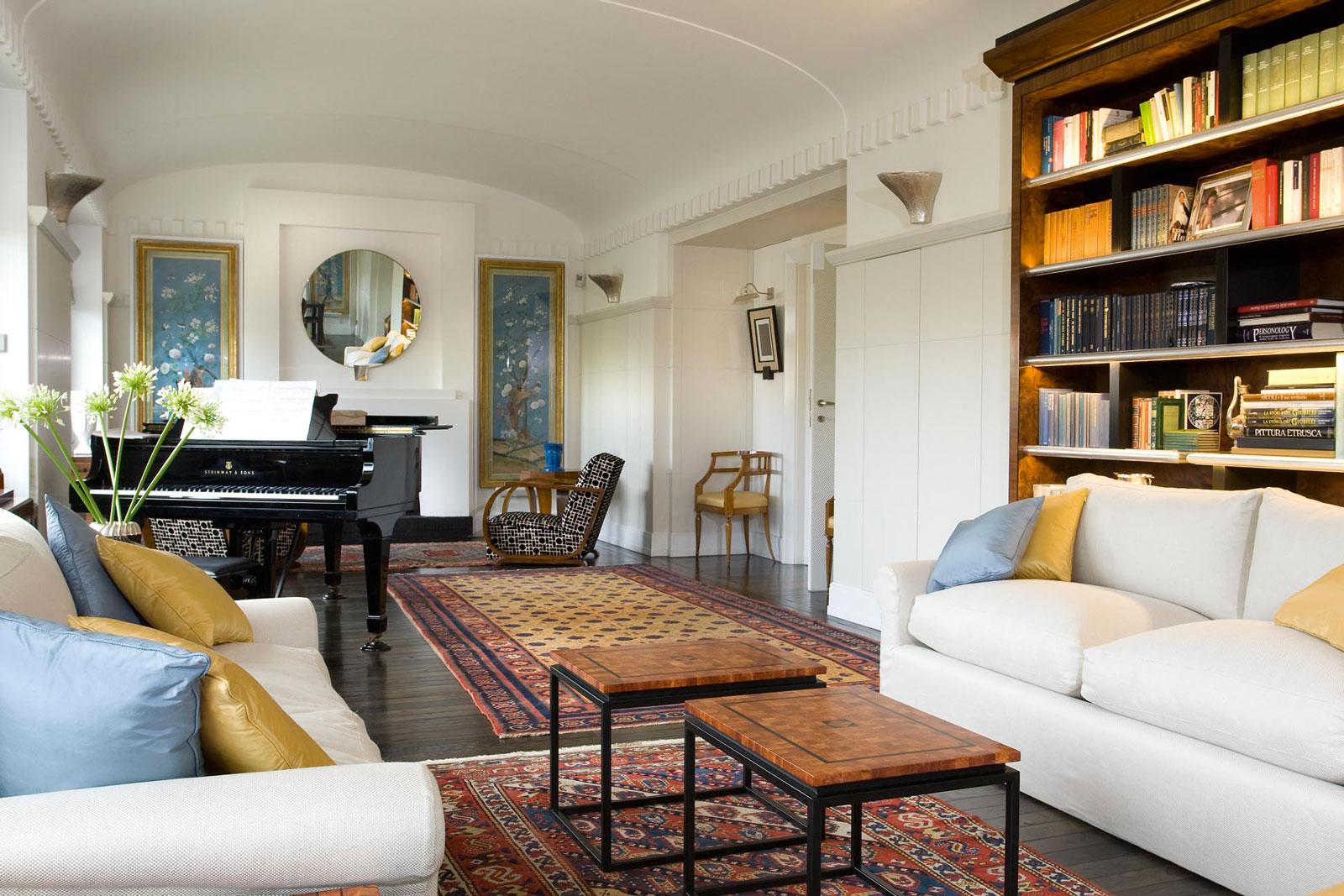 Come abbinare arredamento classico e moderno insieme for Foto case arredate moderne