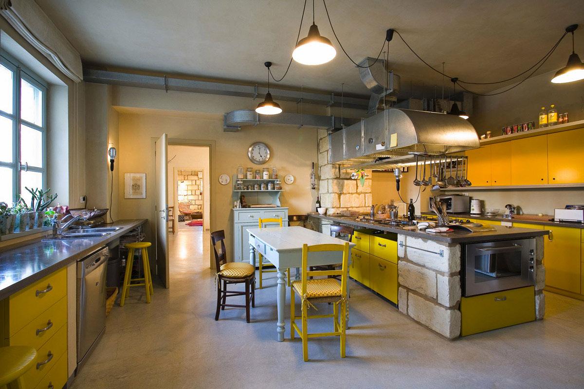 come-scegliere-e-arredare-cucina-illuminazione