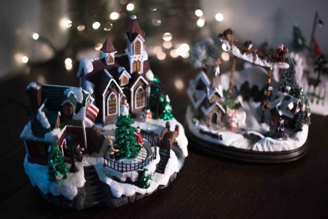 Natale 2017: stili e tendenze per arredare casa con spirito natalizio