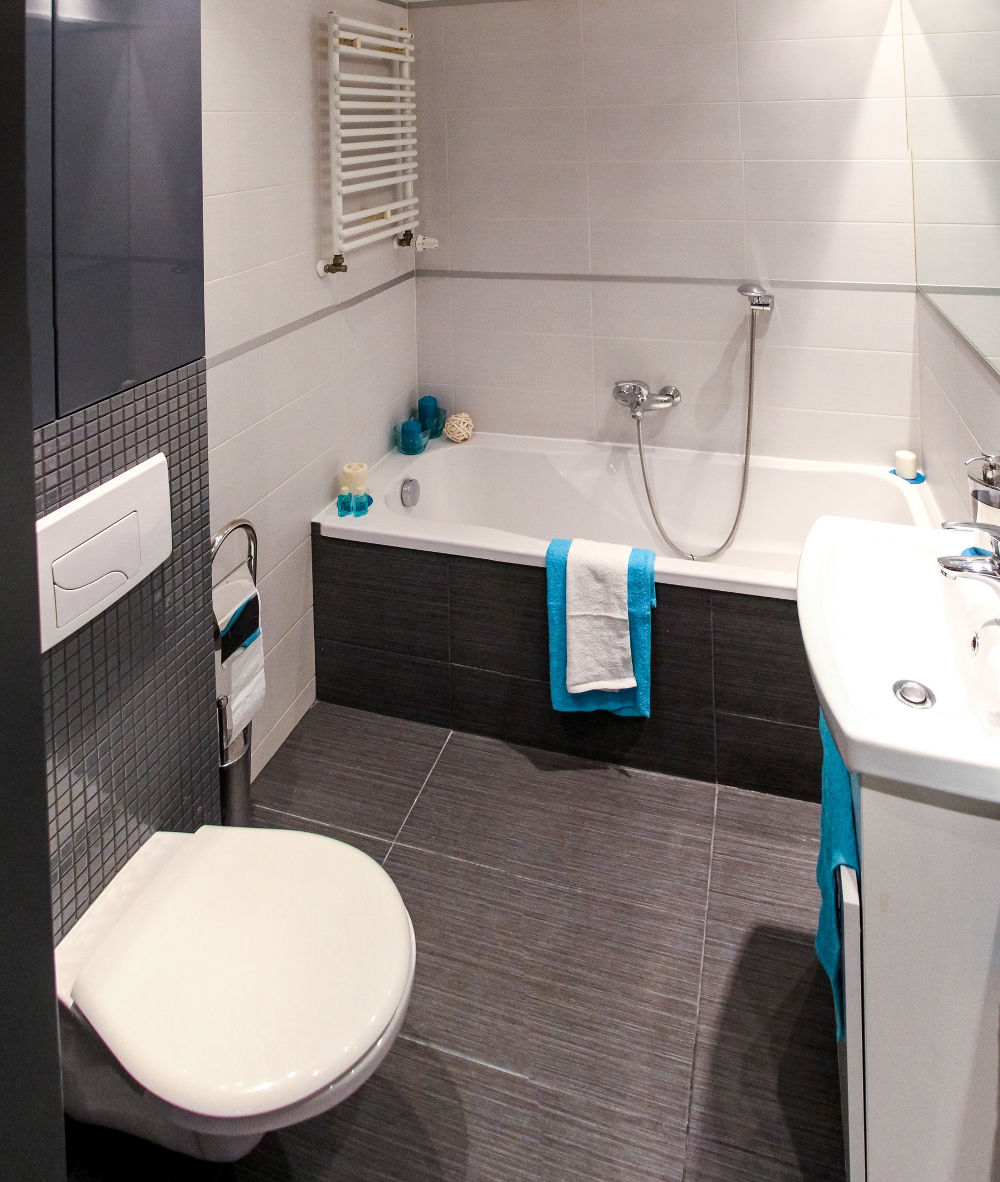 Come arredare un bagno piccolo senza sacrificare il design for Arredare un bagno piccolo