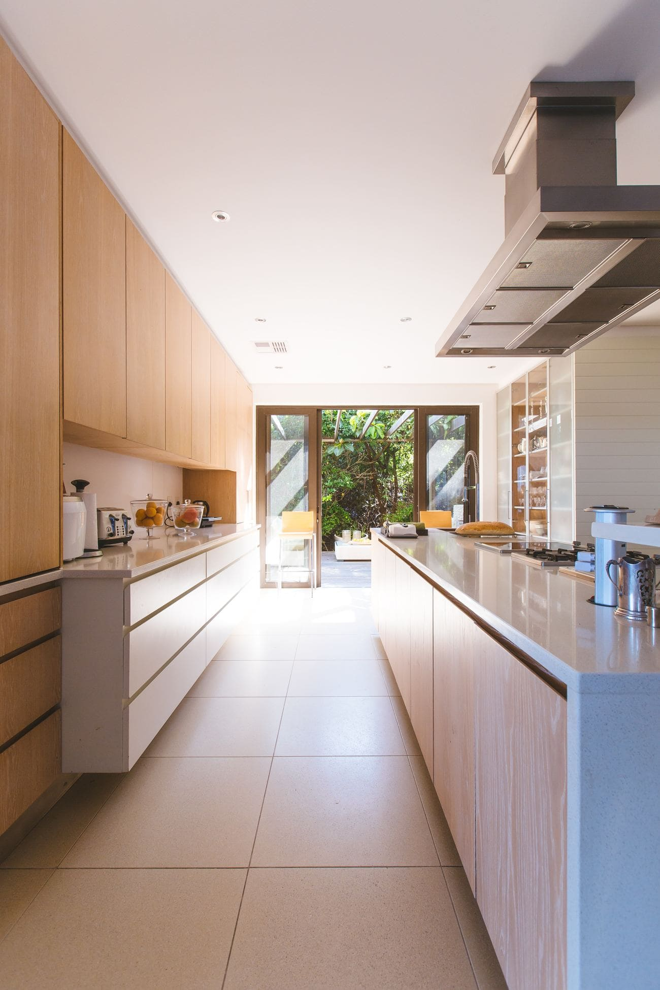 Come arredare una cucina lunga e stretta