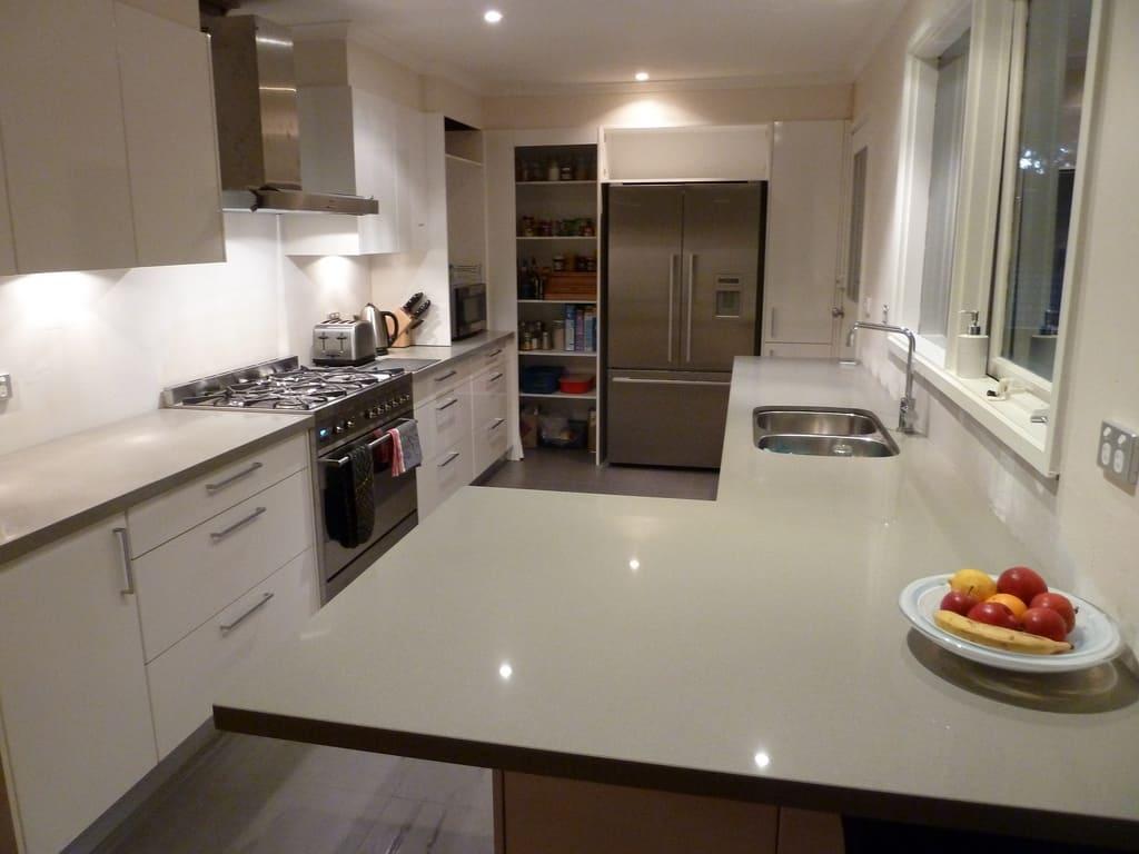 Cucina Soggiorno Stretta E Lunga consigli per cucine lunghe e strette | man casa