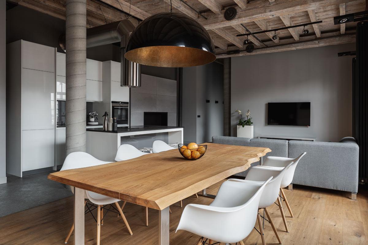 Tavolo in soggiorno per pranzo