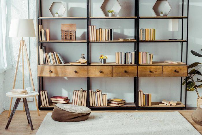 Mensole e scaffali per il soggiorno, come organizzare il ...